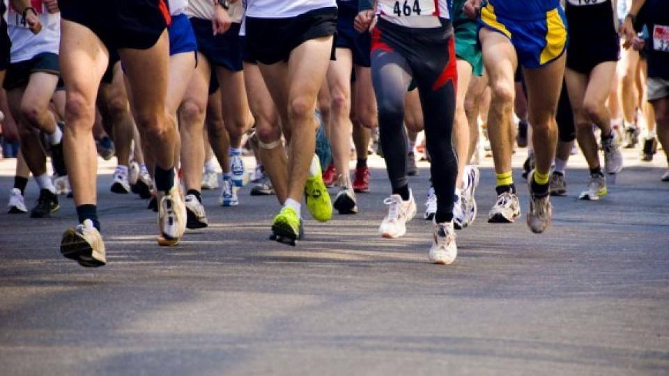marathon-runners-580×387